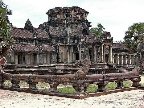 Roy Foos - Outer Courtyard Angkor Wat