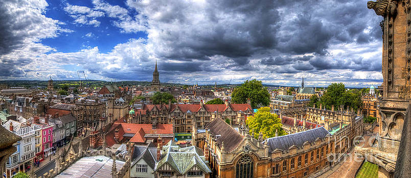 Yhun Suarez - Oxford Cityscape Panorama