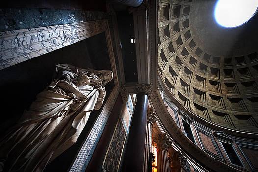 Pantheon Rome by Franco Farina