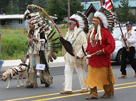 Parade before Pow-wow by Mark Cheney