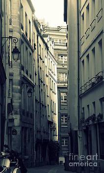 Shawna Gibson - Paris