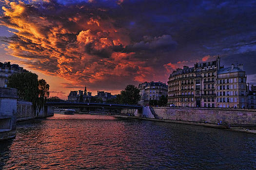 Wes and Dotty Weber - Paris Sundown