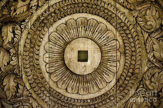 Darcy Michaelchuk - Patterns Carved in Wood