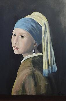 Pearl Earring by Nicole Williams