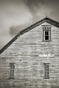 Pennsylvania Barn Black and White by David Ricketts