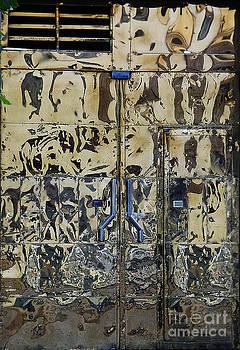 Xueling Zou - Peruvian Door Decor 20