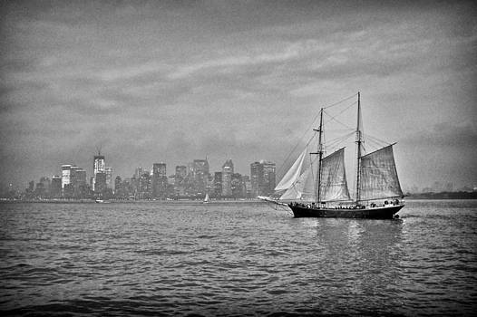 Pirates on Manhattan by Chris Gachot