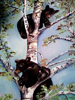Amalia Jonas - Playing in a tree