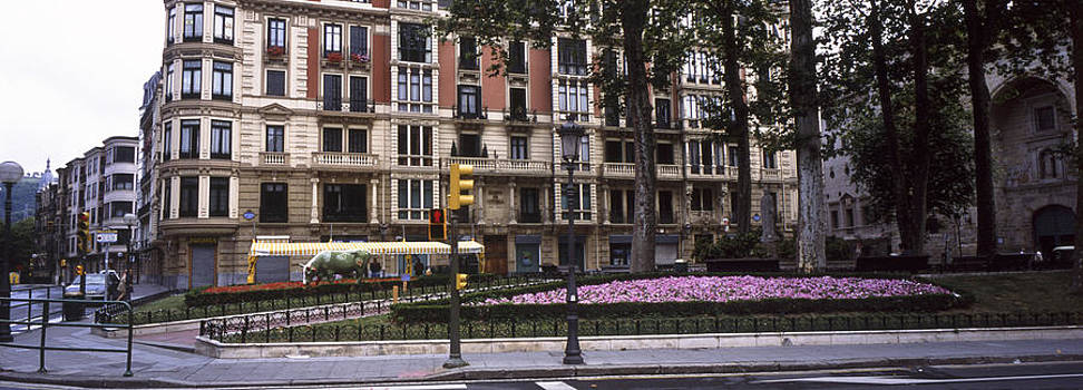 Plaza, Bilbao, Spain by James Gritz