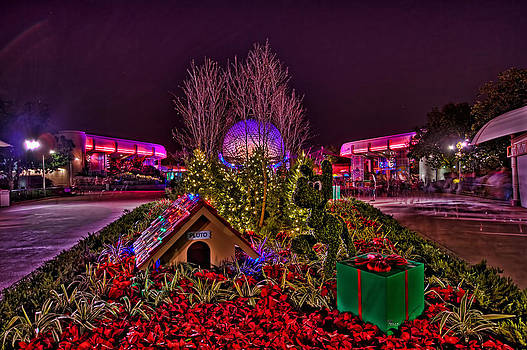 Jason Blalock - Pluto And Spaceship Earth HDR