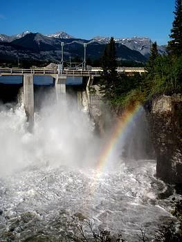Rainbow dam by Jonathan Lagace
