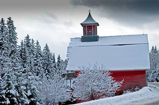 Red Barn Veemont by Jim Proctor