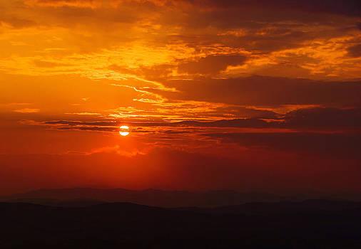 Red Horizon by Bogdan M Nicolae