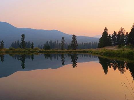 Reflecting the Day by Feva  Fotos