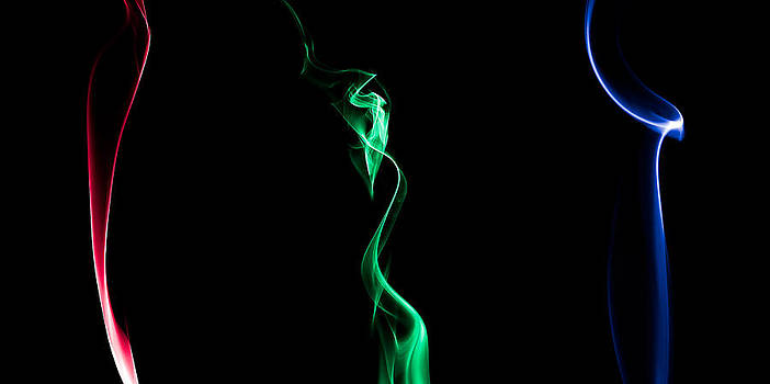 RGB Smoke by Gert Lavsen