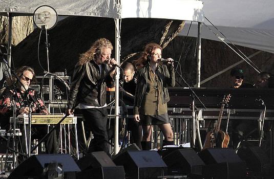 Dennis Jones - Robert Plant 5585
