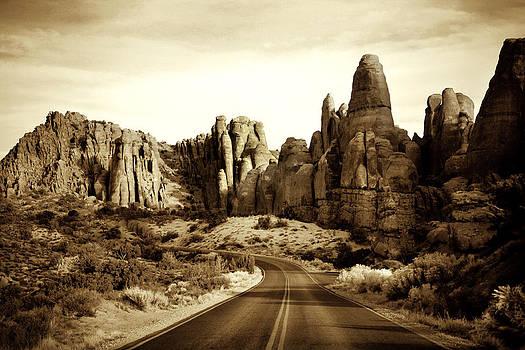 Marilyn Hunt - Rock Work