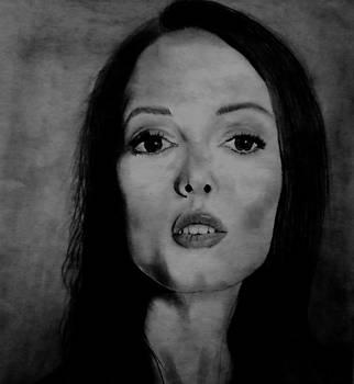 Rose McGowen by Elle Ryanoff