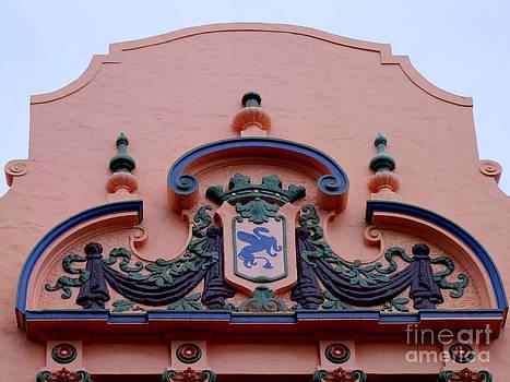 Mary Deal - Royal Hawaiian Hotel Entry Facade