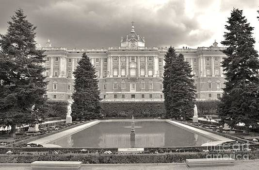 Royal Palace. Madrid by Kevin Gallagher