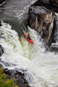 Running The Great Falls of the Potomac River by Phil Degginger