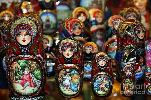 Sophie Vigneault - Russian Dolls