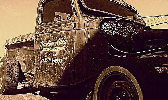 Kevin D Davis - Rust Bucket