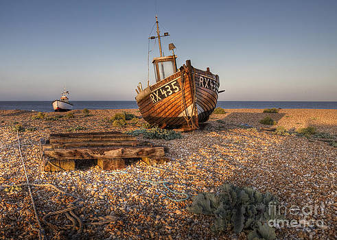 RX345 Dungeness Kent England by Lee-Anne Rafferty-Evans