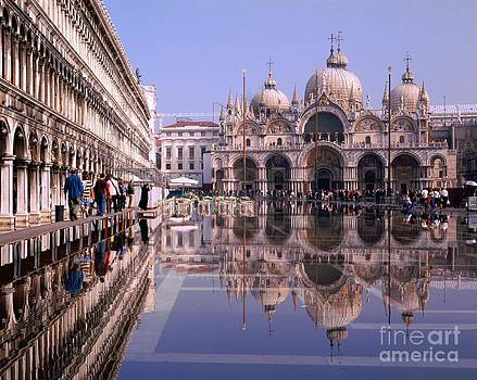Saint Mark Square under water by Serge Fourletoff