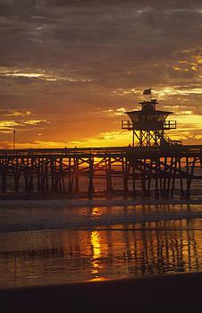 Cliff Wassmann - San Clemente Lifeguard tower and pier at sunset