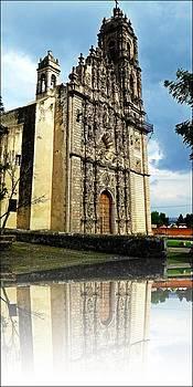 San Pedro Apostol by Frank Garciarubio