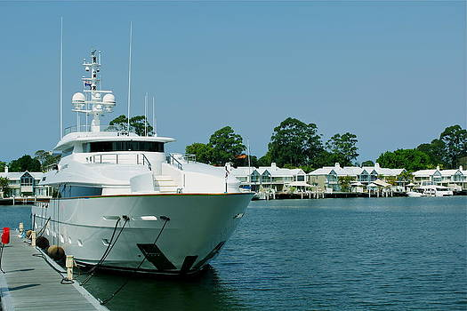 Sanctury Cove Qld Australia Mooring by Michael Clarke JP
