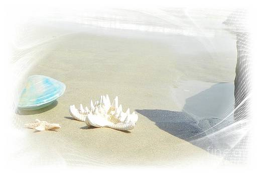 Sand toys by Laurence Oliver