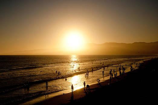 Santa Monica Beach Sunset II by Heidi Reyher