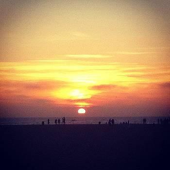 #santamonica #sunset #losangeles #la by Irina Liakh