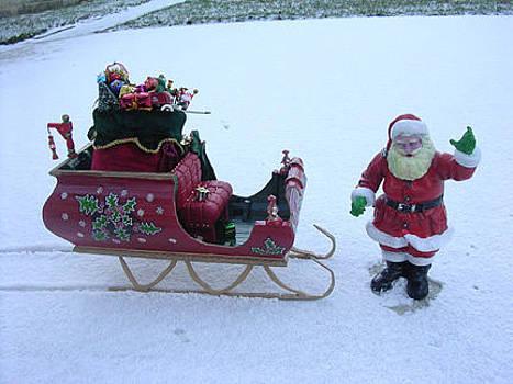 Santa's Sleigh by Gordon Wendling