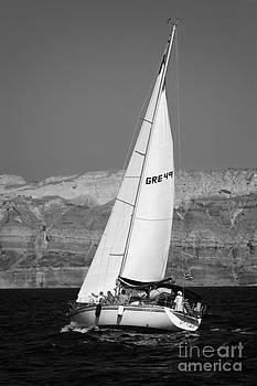Santorini Sail by Leslie Leda