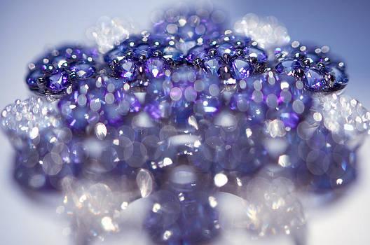 Jenny Rainbow - Sapphire Brooch. Spirit of Treasure