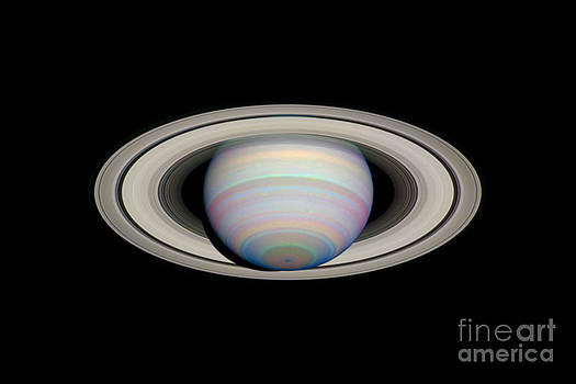 Space Telescope Science Institute / NASA - Saturn With Its Rings At Maximum Tilt