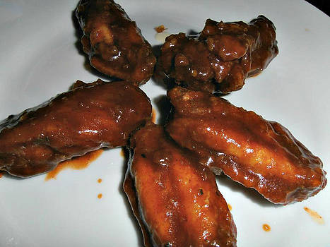 Kimberly Perry - Saucy Chicken Wings