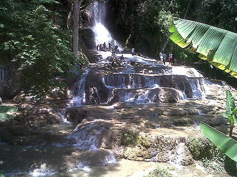 Saut d'eau 5 - Haiti by Samantha Louis