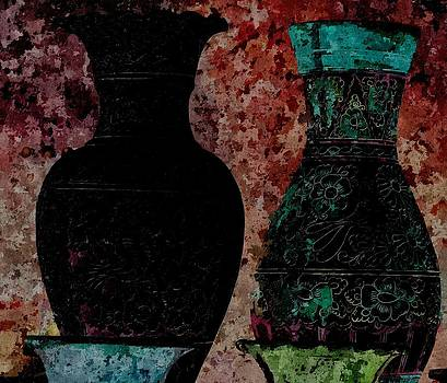 Scaffito Pottery - Still Life by Lynda K Cole-Smith