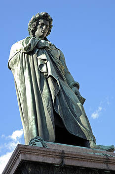 Schiller Memorial by Matthias Hauser