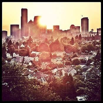 Seattle Sunset by Chris Fabregas