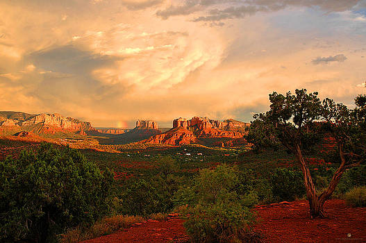 Sedona Sunset by SM Shahrokni
