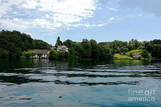 Pravine Chester - Serene Lake