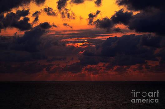 Pravine Chester - Setting Sun at South Beach