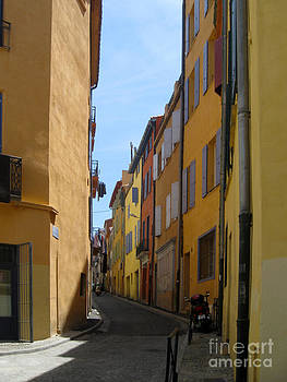 Shades of Gold Perpignan France by AnneKarin Glass