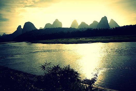 Gai Sin Liem - Shadow in Yangshou