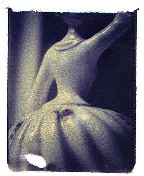 She Reaches by Ann Marie Donahue
